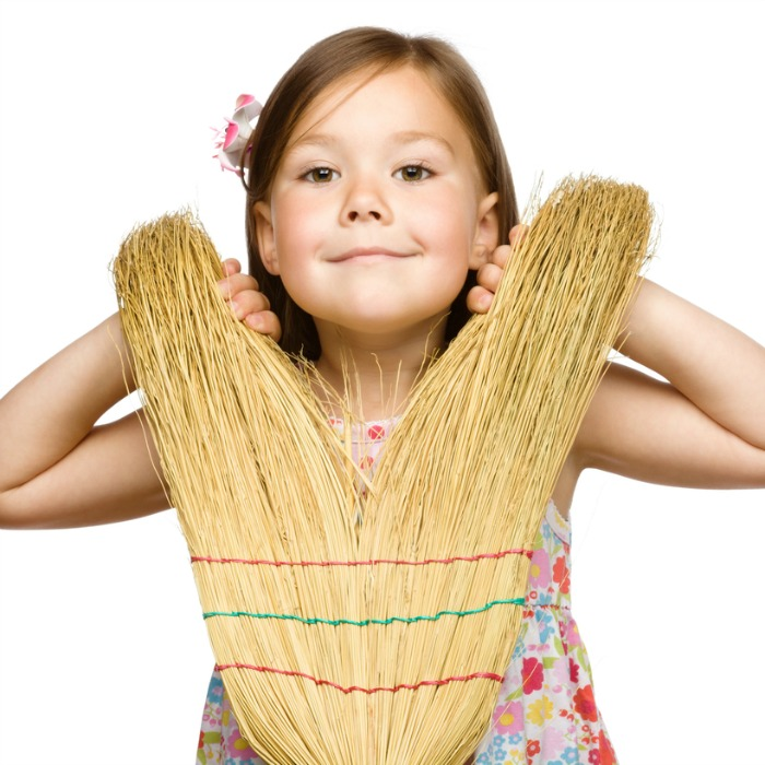 4 Ways to Get Your Kids to Help You Clean