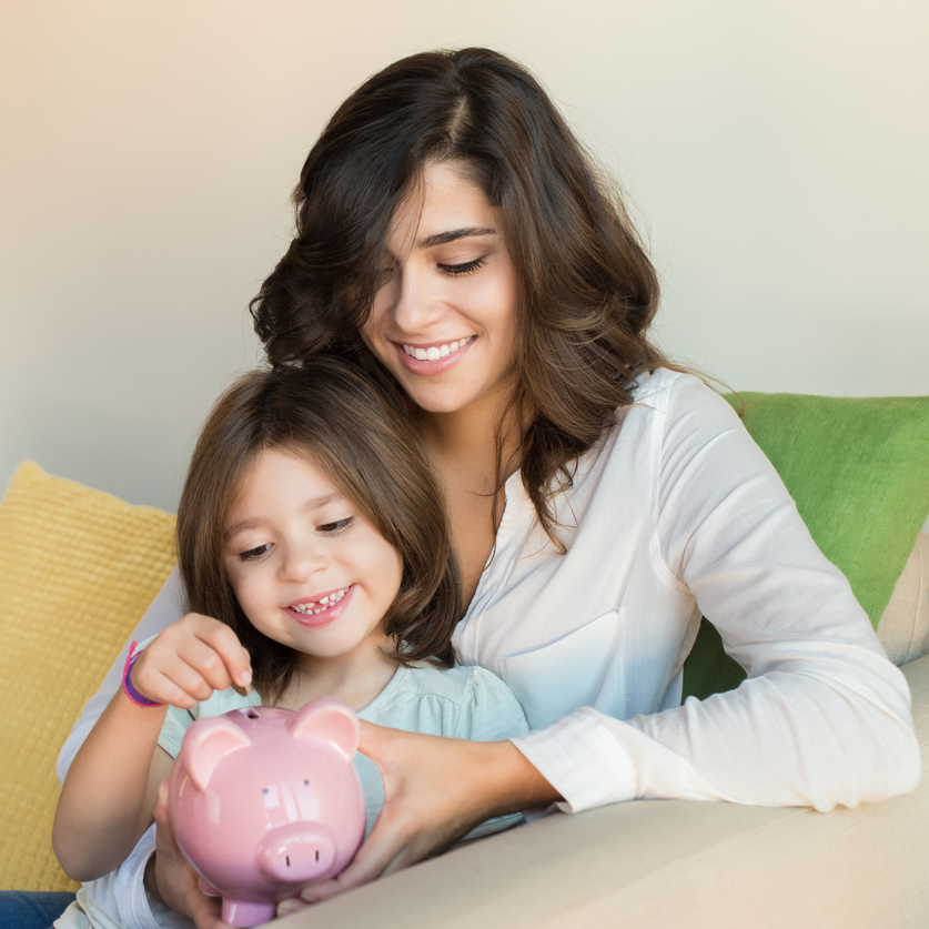 4 Clever Ways Moms Can Save Money